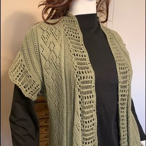 SON0MA Shrug Army Green Cable knit design